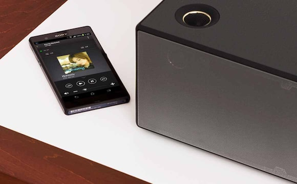 Control music and multi-room listening with the Sony | Music Center 3.0 app