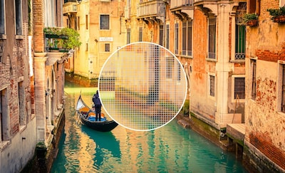 4K Ultra HD image of a venetian canal