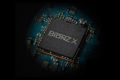 BIONZ X™ 影像處理器