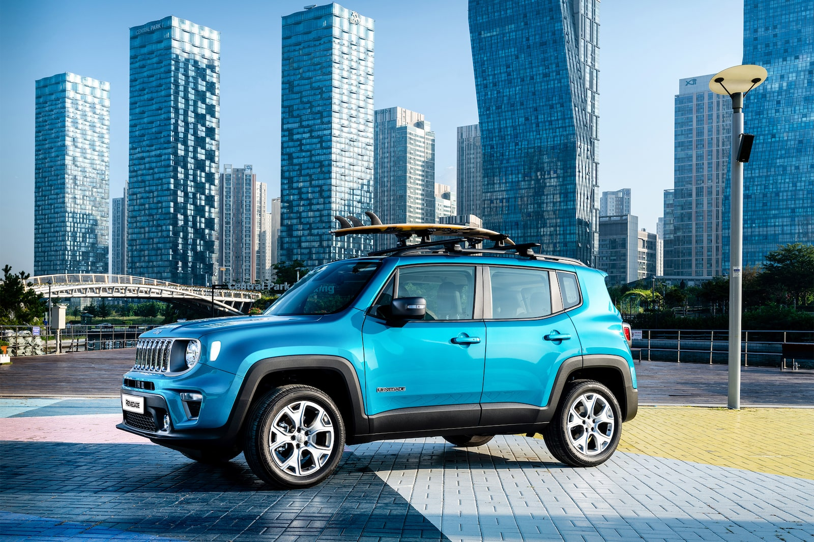 blue jeep renegade alpha 7RIII